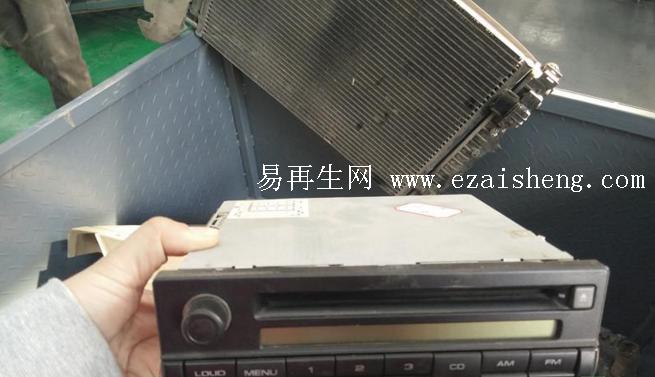 求购 轿车 大众 桑塔纳3000原装CD机
