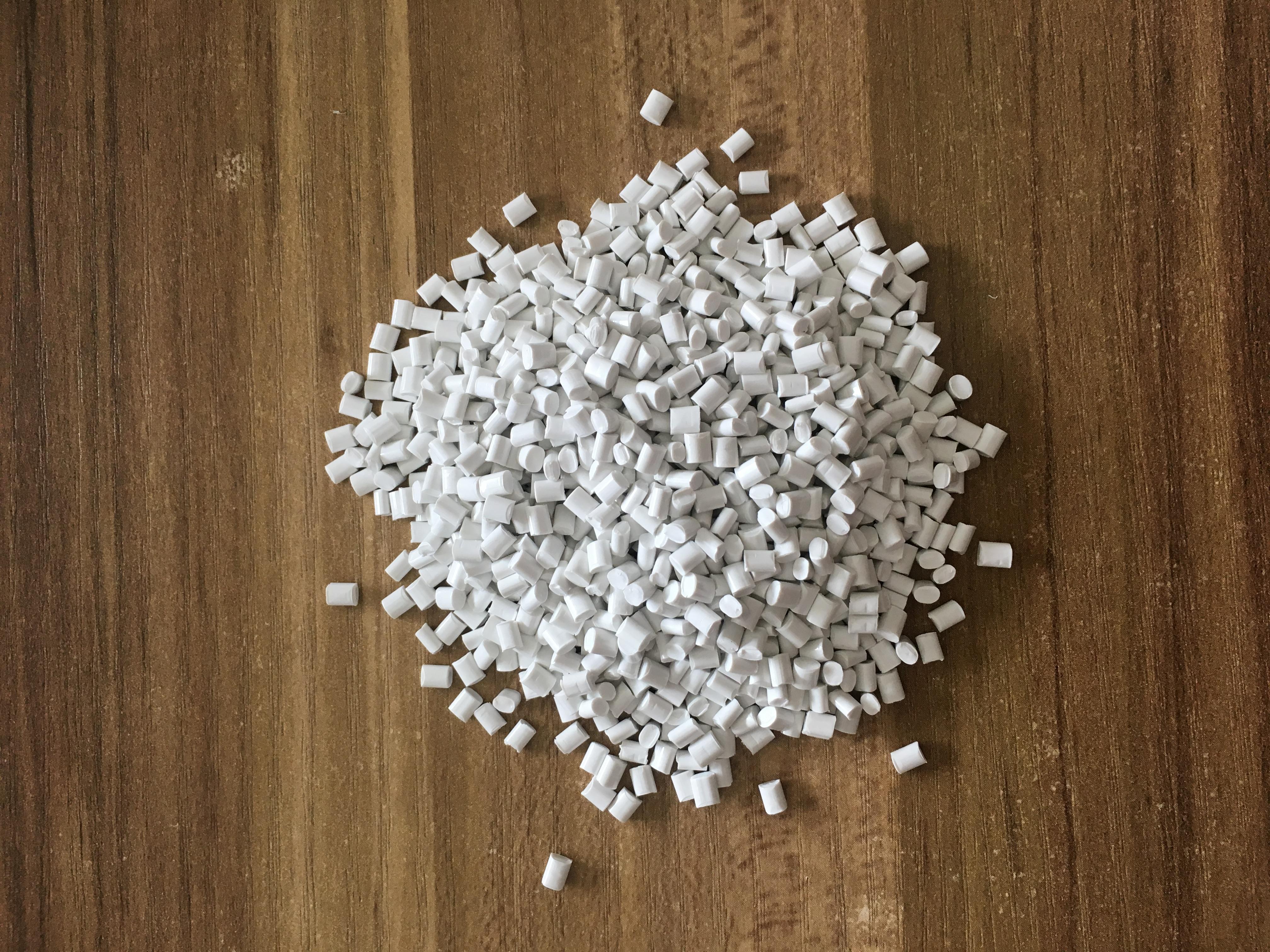 ABS白色再生料冲击12个点 ABS白色抽粒料冲击12个点